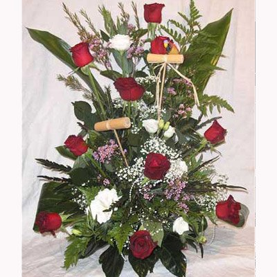 סידור אדום לבן ורדים